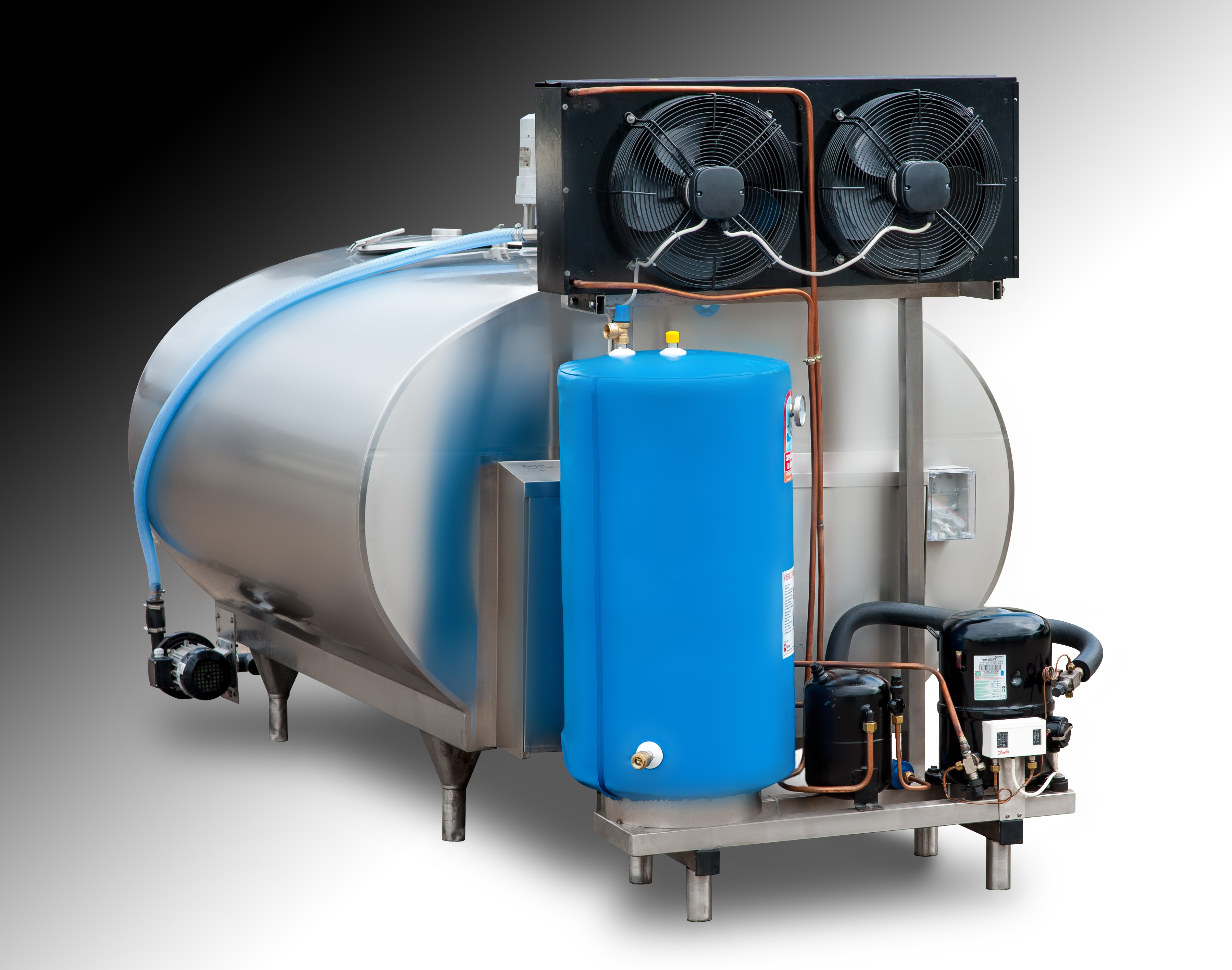 Dairy-tank-with-chiller-and-hot-water-saver