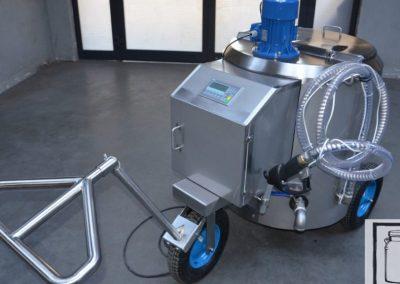 portable-milk-tank-with-a-pump-1024x576