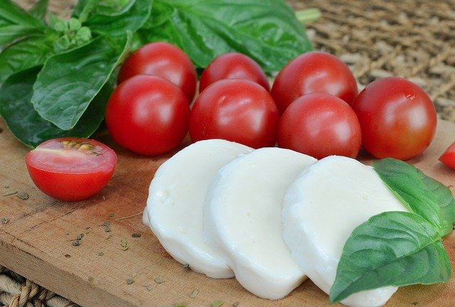 Making Homemade Mozzarella